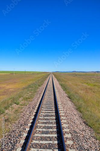 Cadres-photo bureau Voies ferrées Lonely track in the prairie