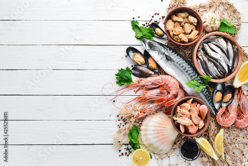 Seafood on a white wooden background Slika na platnu