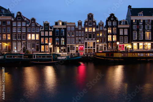 Photo  Amsterdam Canal at night