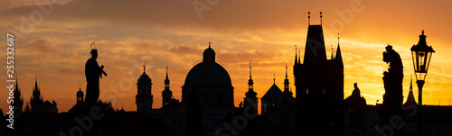 Praghe - The Charles bridge silhouette at the sunrise. Wallpaper Mural