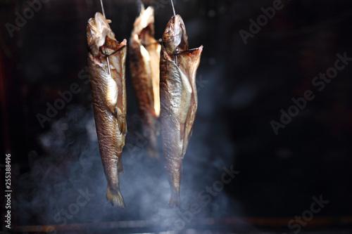 Photo  Naturalne wędzenie ryb.