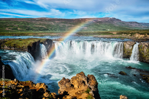 Staande foto Watervallen The Godafoss (Icelandic: waterfall of the gods) is a famous waterfall in Iceland. The breathtaking landscape of Godafoss waterfall attracts tourist to visit the Northeastern Region of Iceland.