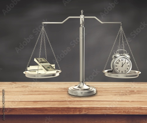 Stickers pour porte Pierre, Sable Justice Scales with money and alarm clock. Justice concept
