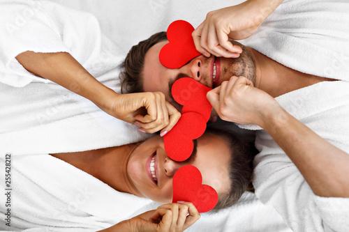 Fototapeta Adult happy couple relaxing in spa salon obraz