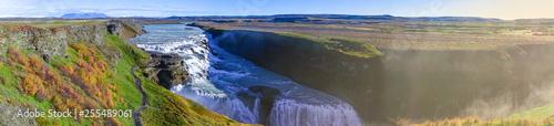 Foto  Beautiful panoramic view of Gullfoss waterfall