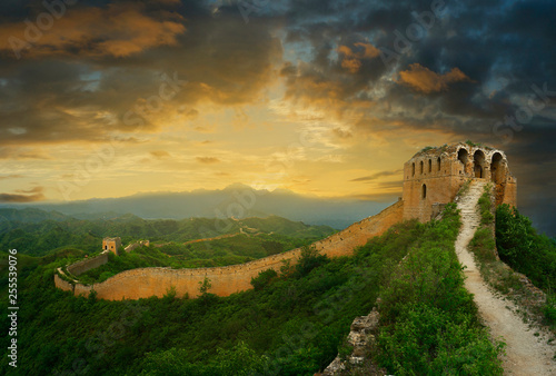 Photo sur Toile Muraille de Chine Sunset on the great wall of China,Jinshanling