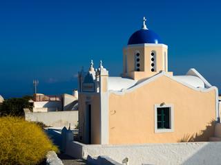 Piękny stary kościół w Oia, Santorini.