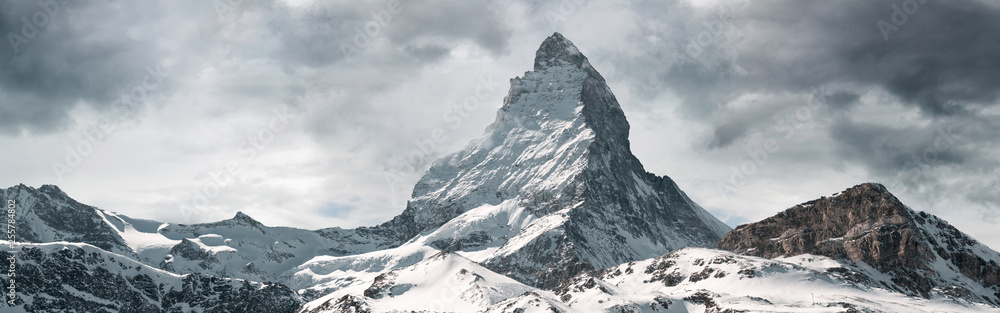 Fototapety, obrazy: panoramic view to the majestic Matterhorn mountain, Valais, Switzerland