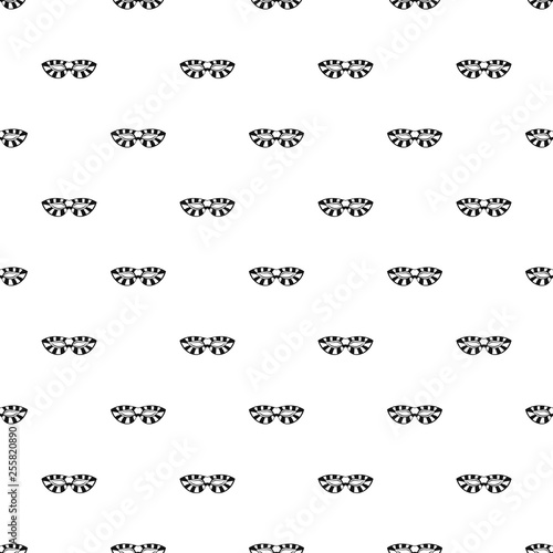 фотография Stripped carnival mask pattern seamless vector repeat geometric for any web desi