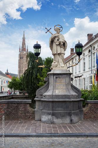 Fotografía  Statue of Johannes Nepomucenus