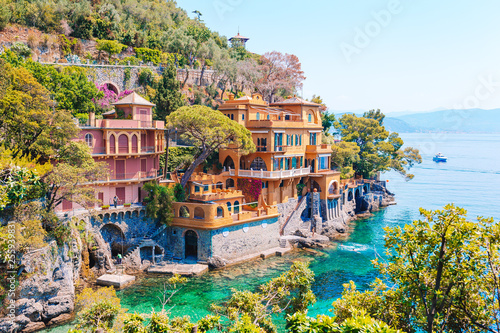 Obraz na plátně Beautiful sea coast with colorful houses in Portofino, Italy