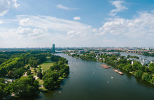Berlin Panorama Mit Spree Und Fernsehturm