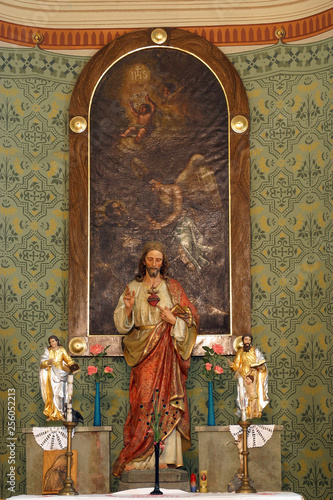 Fotografia Sacred Heart of Jesus, altarpiece in the Parish Church of the Holy Cross in Zacr