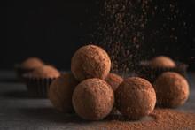 Tasty Chocolate Truffles Powde...