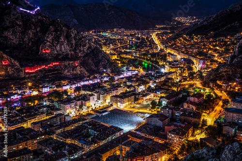 Poster Las Vegas Amasya, Turkey - 20 July 2015; Amasya city view Turkey. Beautiful river (Green River) landscape and city between mountains.