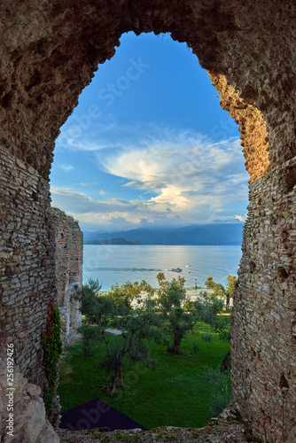 Valokuvatapetti Grottoes of Catullus is the name given to the ruins of a Roman villa which was b