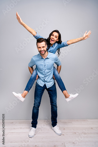 Fotomural  Full length vertical body size photo funky cheer she her he him his lady guy pig