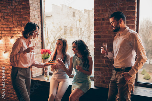 Fotografie, Obraz  Company of nice elegant attractive pretty cheerful guys ladies talking romance r