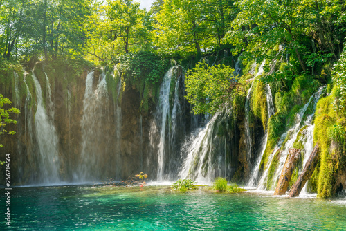 Fototapety, obrazy: wonderful waterfalls and lake in the forest of plitvice national park