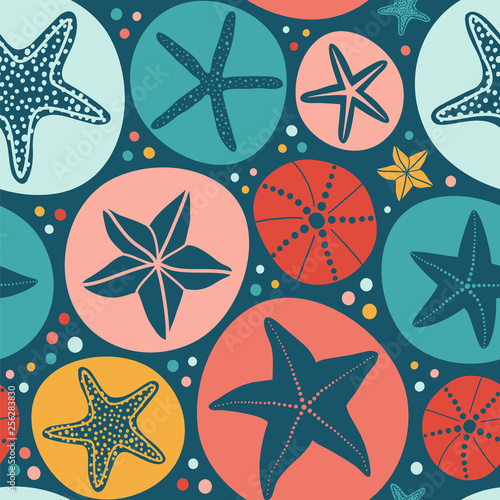 Seamless vector pattern with starfish and shells on the dark background Wallpaper Mural