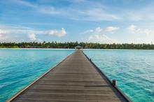 Maldives, Ari Atoll, Nalaguraidhoo, Sun Island, Empty Pier