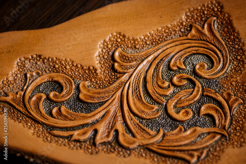 Fotografia, Obraz embossed pattern on the leather in the workshop