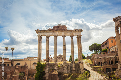 Cadres-photo bureau Monument Remains of Temple of Saturn in roman forum