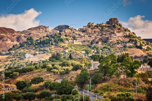 Fotografie, Obraz  Bova Superiore with Norman Castle on top