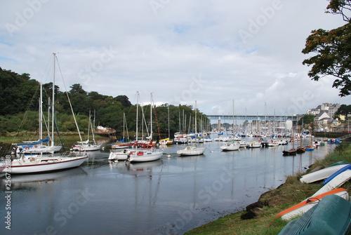 Fotobehang Poort Port de Douarnenez dans le Finistère en Bretagne