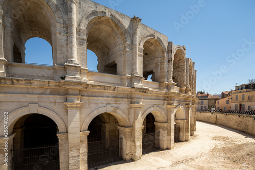 Stampa su Tela The Arles Amphitheatre is a Roman amphitheatre in the southern French town of Ar