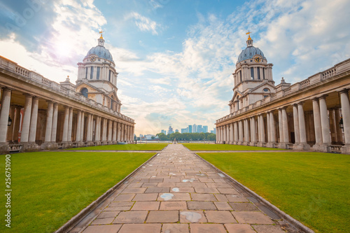 Fotomural The Old Royal Naval College in Greenwich, London, UK