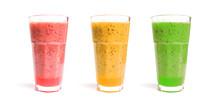 Frucht-Smoothies In Drei Gläs...