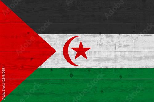 Photo sur Aluminium F1 Sahrawi Arab Democratic Republic flag painted on old wood plank