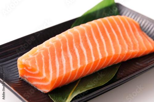 Fotografía  サーモンの刺身 Raw salmon sashimi