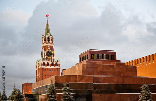 Fototapeta Lenin's Mausoleum and Spasskaya Tower, Red square, winter, Moscow, Russia