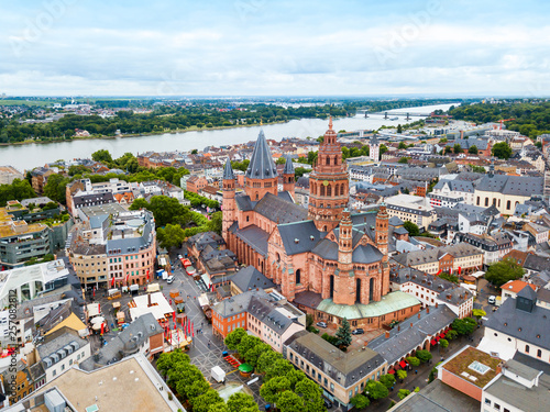 Foto Mainz cathedral aerial view, Germany