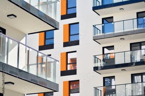 Fototapeta  New-build residential building on a sunny summer day