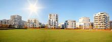 Stadtlandschaft Mit Modernen Wohnhäusern Im Herbst