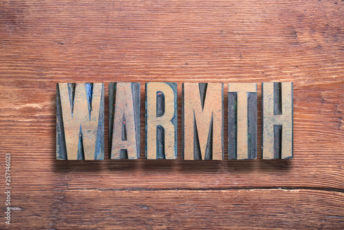 Stampa su Tela  warmth letters wood