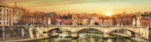 Photo sur Aluminium Ponts Vittorio Emanuele famous bridge in Rome, Italy
