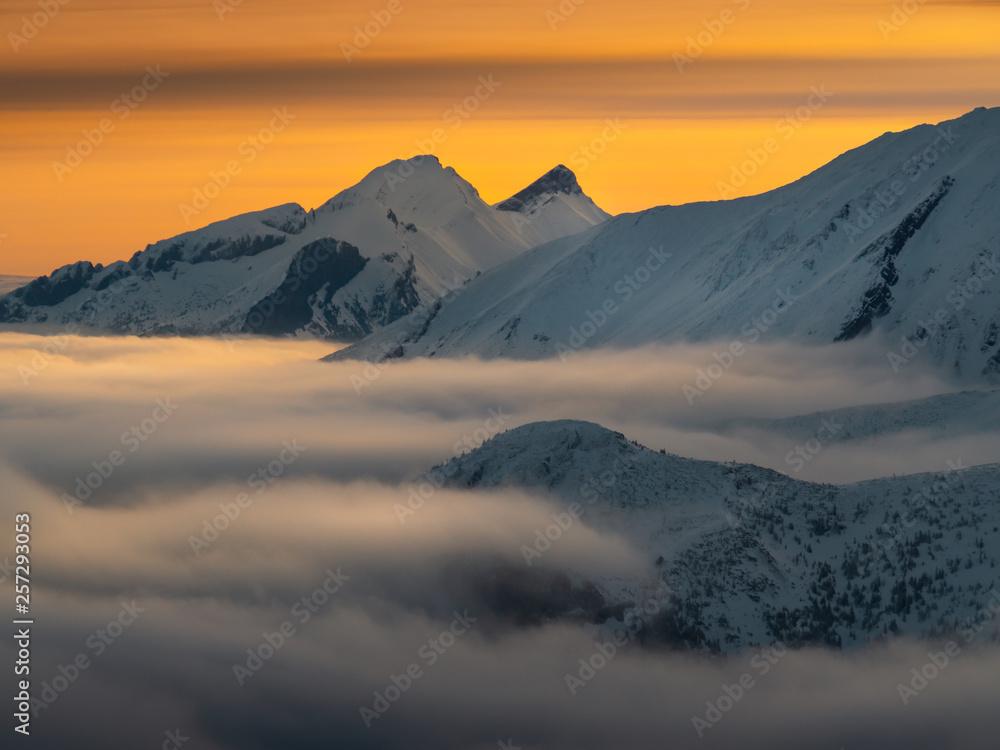 Fototapety, obrazy: High Tatras in the foggy morning.