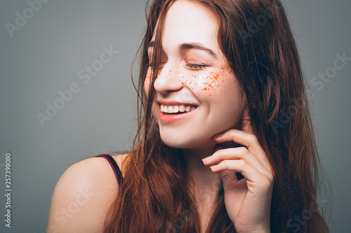 Fotomural Young woman beauty