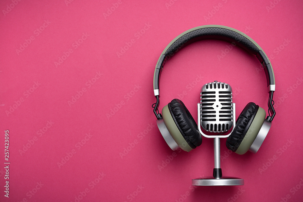 Fototapety, obrazy: Retro microphone and headphones on color background