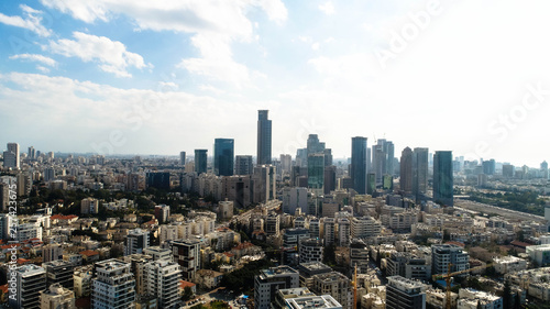 In de dag Los Angeles A spectacular view of the central region of Israel. Tel Aviv, Ramat Gan