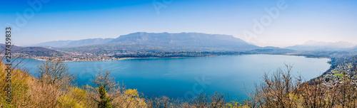 Obraz na płótnie Panorama sur le Lac du Bourget