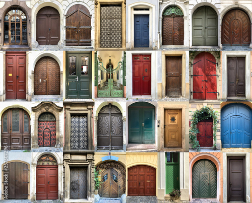 Fototapety, obrazy: Doors from all over the world concept