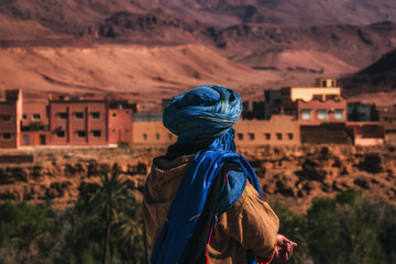 Tuareg in the city of Tinghir. The colours of Morocco