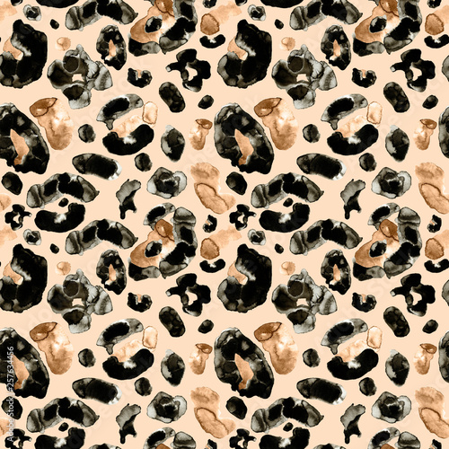 trendy-animal-leopard-or-cheetah-skin-seamless-pattern-on-beige-background-watercolor-hand-painted-leopard-endless-print-with-brown-orange-and-black-spots-for-textile-clothes-fabric