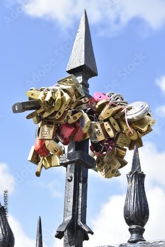 Photo Cadenas porte-bonheur sur le Pont de l'Archevêché