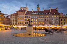Statue Of Mermaid In Warsaw Ol...